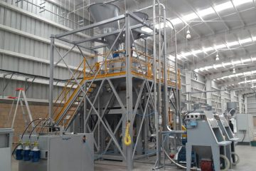 Planta de turbomezcladores compuesta por una unidad TS 1500 y un enfriador OR 4500, con un sistema automático de dosificación GPA SAS Colombia Mezcladores Plantas de producción Valtorta Mixer Italia Plásticos PVC